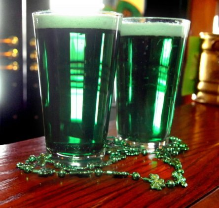 green-beer-st-patricks-day-0f0bda9760a6cc69